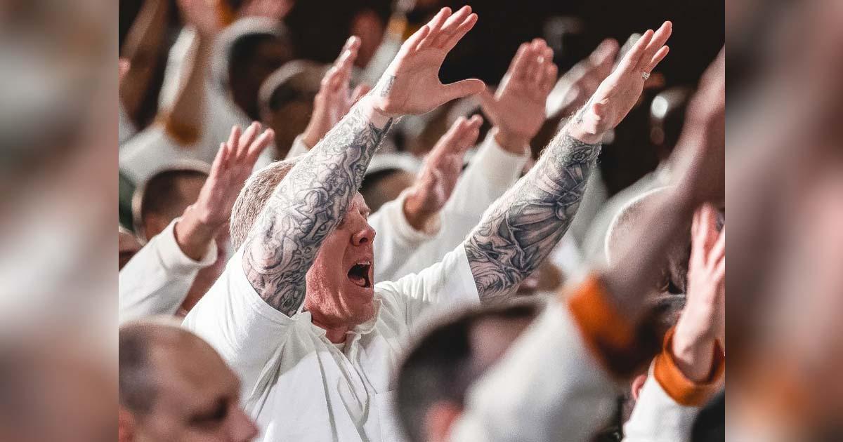 prisoners-baptism