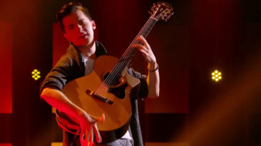 Marcin-Patrzalek-Guitarist-AGT