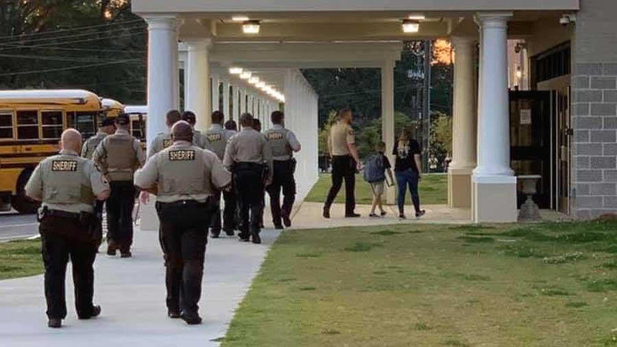 deputies-takes-fallen-officers-son-school-3