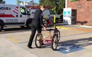 police-officer-buys-homeless-woman-bike-2