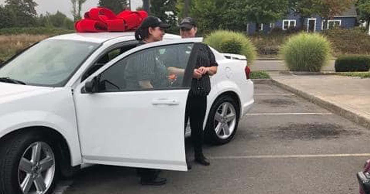 kfc-surprises-employee-new-car