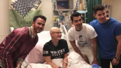 Jonas-Brothers-surprises-fan-battling-cancer-main