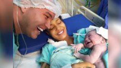 newborn-smiles-at-dad