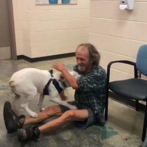 homeless-man-dog-reunion-4