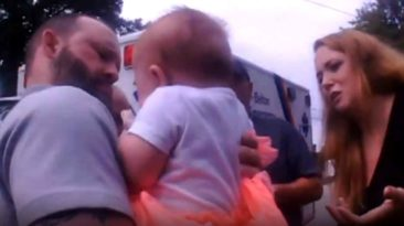 south-carolina-police-officer-saves-choking-baby