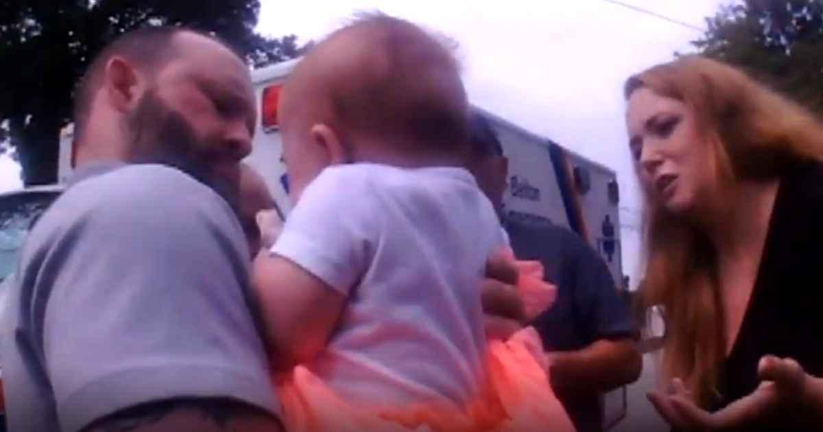 south-carolina-police-officer-saves-choking-baby