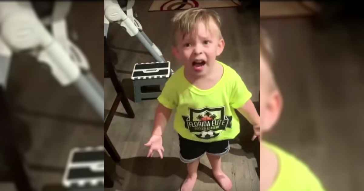 toddler-reacts-moms-goodbye