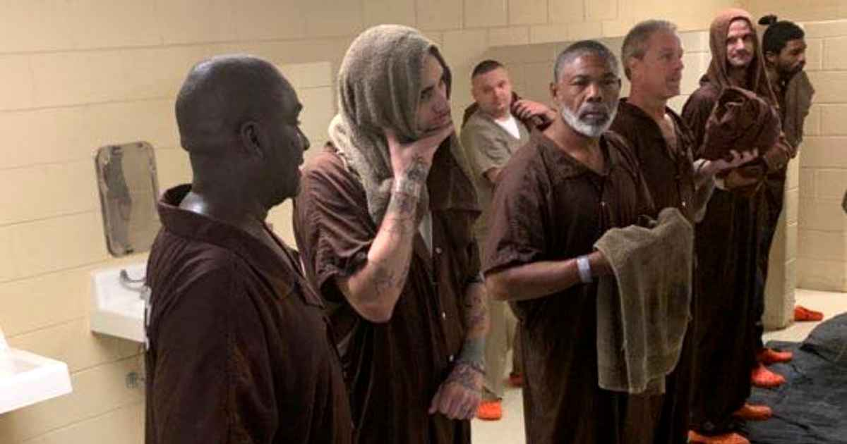 south-carolina-jail-inmates-baptism-2