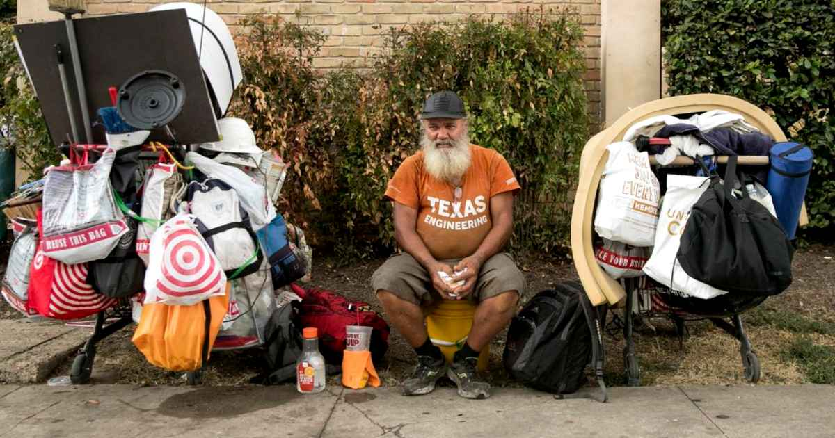 friends-recognizes-homeless-man
