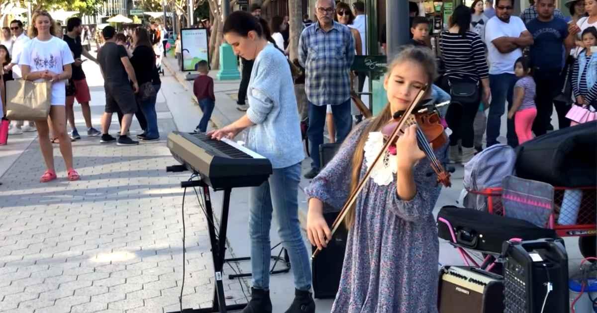 karolina-protsenko-mom-performance