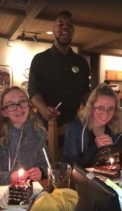 olive-garden-waiter-happy-birthday-2