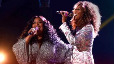rose-short-yolanda-adams-in-the-midst-of-it-all