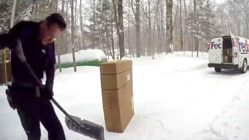 fedex-driver-shovel-snow