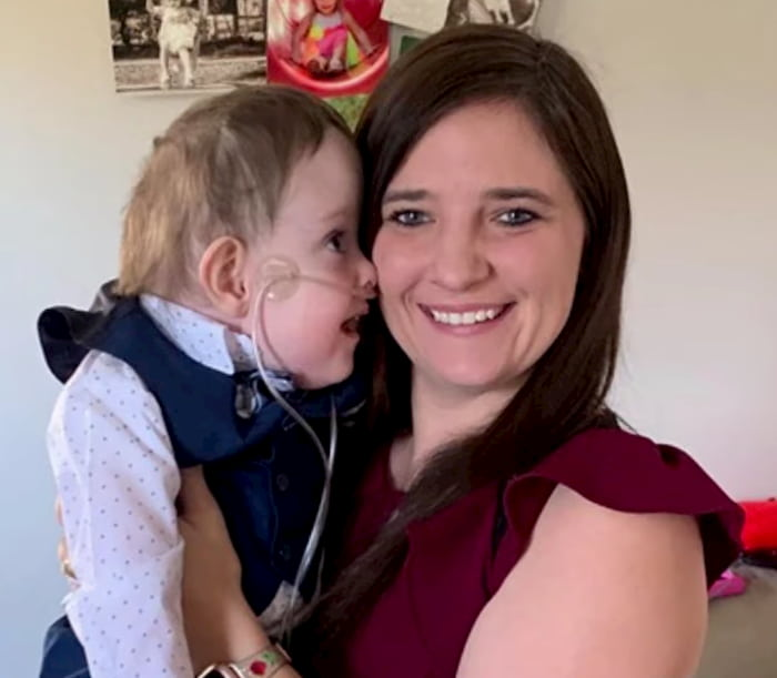 mom-dances-with-sick-son-with-spina-bifida