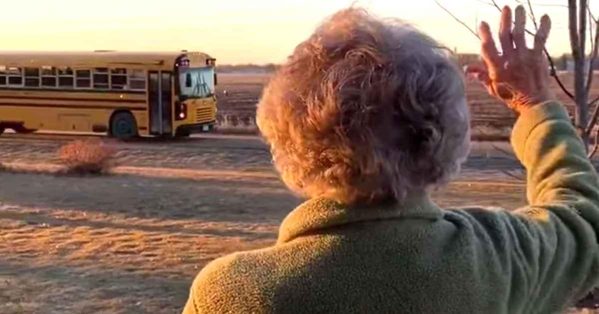grandma-waves-at-school-bus