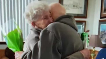 husband-surprises-wife-on-birthday-nursing-home