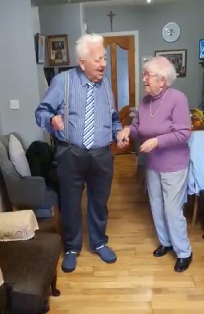 irish-couple-dance-2