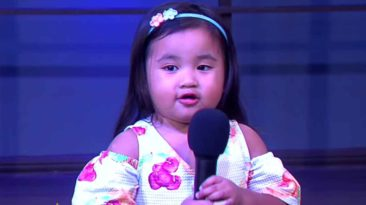 2-year-old-singing-10000-reasons-sophia-siban