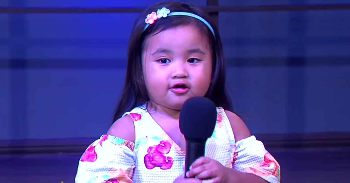 2-year-old-singing-10000-reasons-sophia-siban