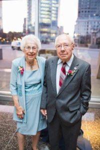 couple-dies-holding-hands-coronavirus-3