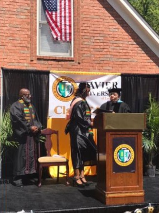 front-yard-graduation-ceremony-2