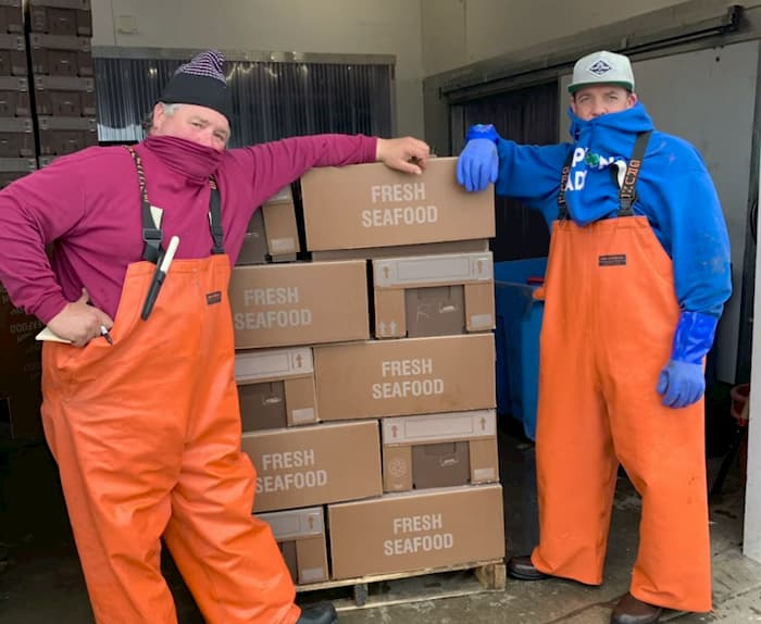 new-york-fishermen-donate-fish-1