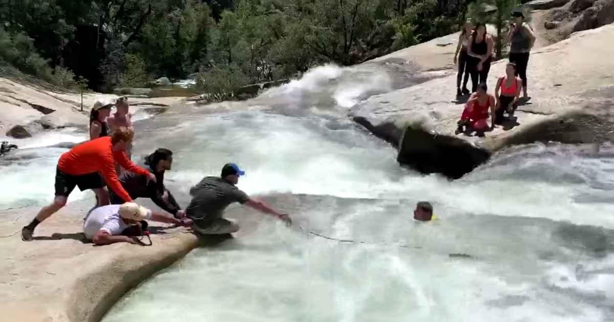 patrol-officer-rescue-hiker