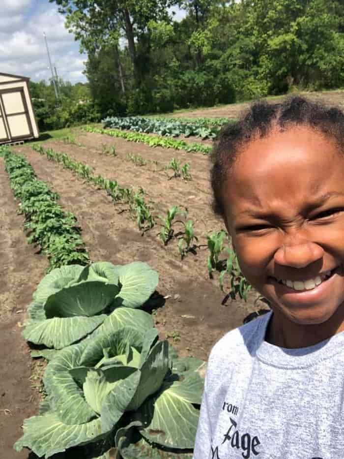 biggest-cabbage-kyra-sutton-4
