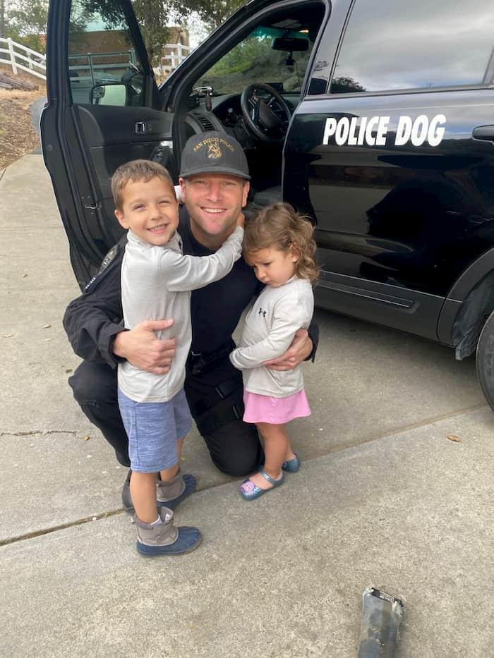 cop-rescues-twins-5
