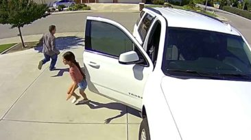 little-girl-scares-off-robber