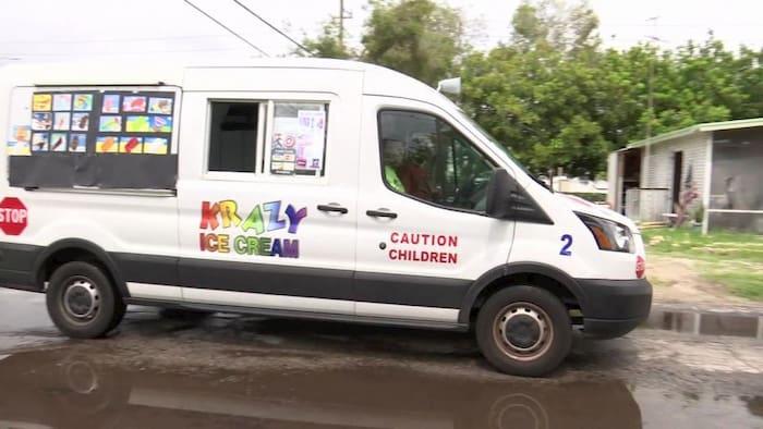 pastor-ice-cream-truck-5