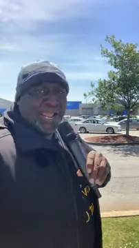 pastor-sings-at-walmart-how-great-is-our-god-3