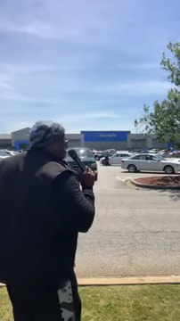 pastor-sings-at-walmart-how-great-is-our-god-4