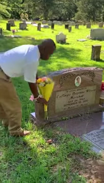 special-needs-teen-visits-mother's-grave-3