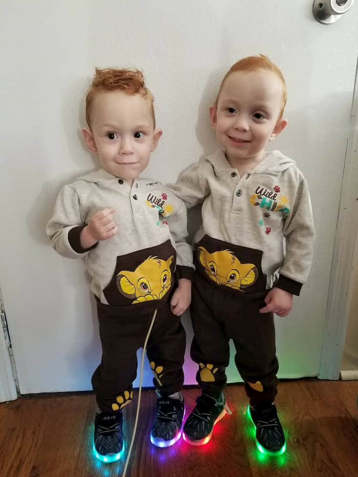 carter-and-connor-conjoined-twins-graduation-5