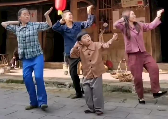 family-shuffle-dance