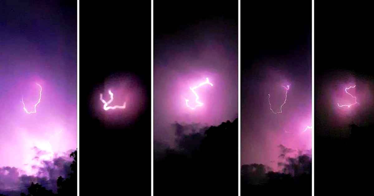 lightning-forms-Jesus-name