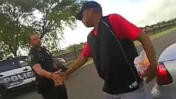 police-officer-helps-veteran