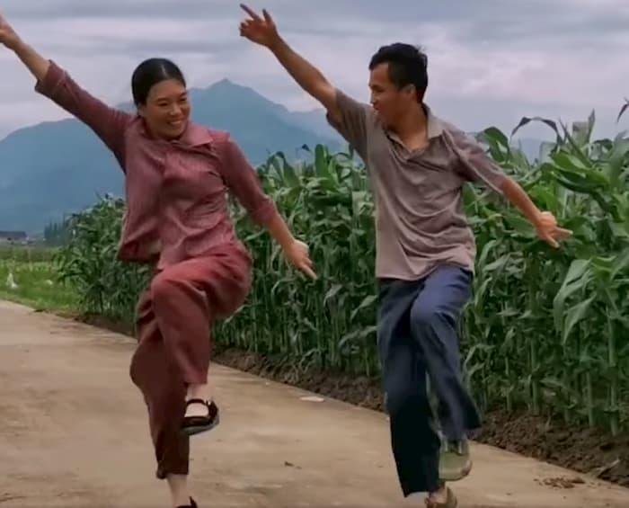 shuffle-dance