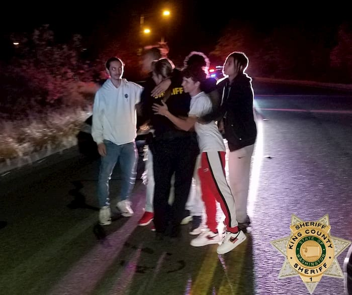 teens-rescue-deputy-elliott-2