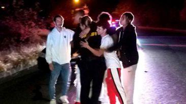 teens-rescue-deputy-elliott