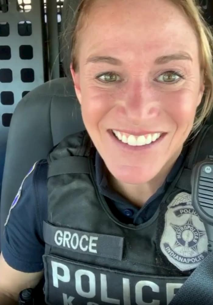 store-clerk-kindness-officer-molly-groce-3
