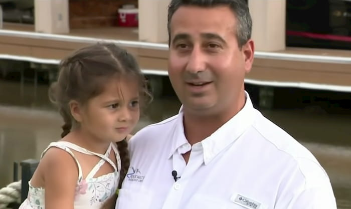 texas dad saves daughter from alligator