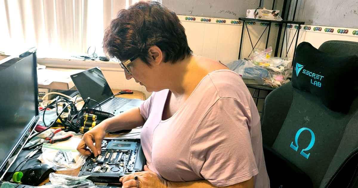 refurbished-laptops-darla-purce