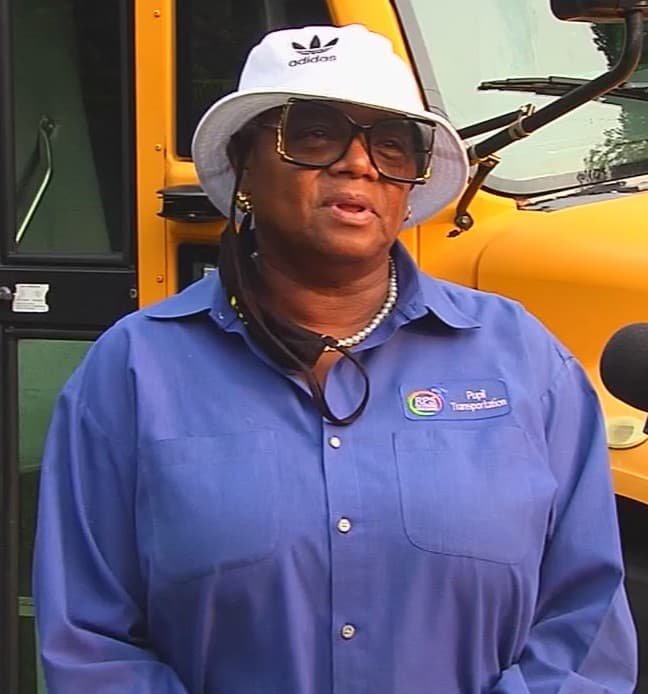school-bus-driver-act-of-kindness-joyce-brown-3