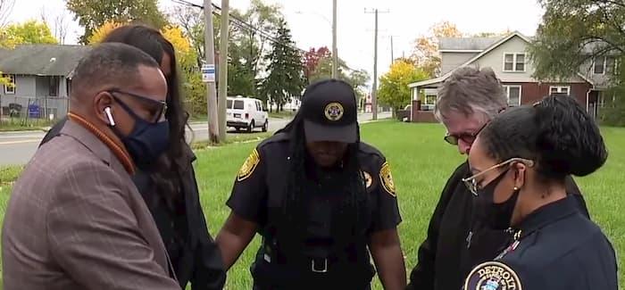 detroit-police-chaplain-prays-for-city-nora-jones-2