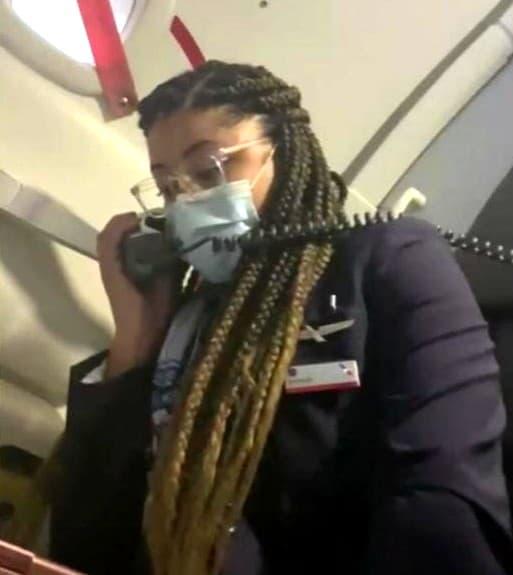 flight-attendant-farewell-announcement-3