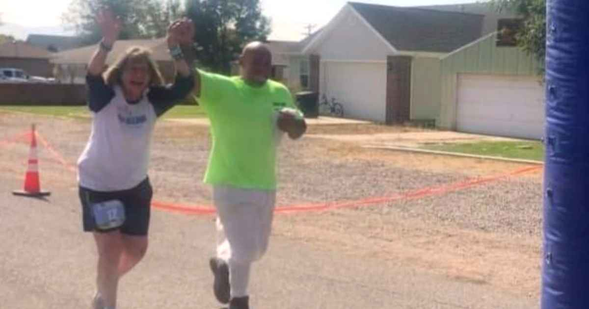 prison-inmate-helps-woman-finish-marathon