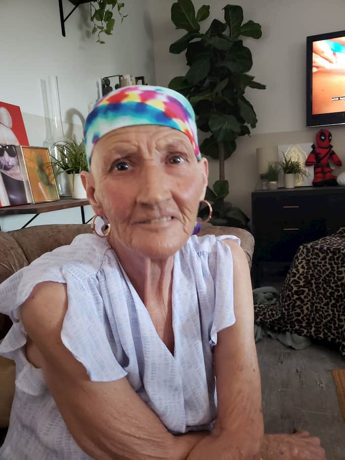 stranger's-act-of-kindness-for-woman-with-cancer-3