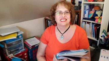 teacher-saves-student's-grandma-during-online-class